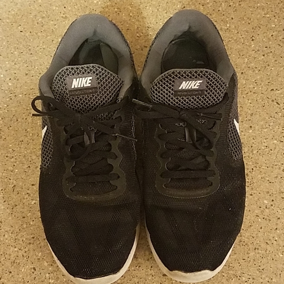 Nike Shoes   Used Women Size 11 Wide